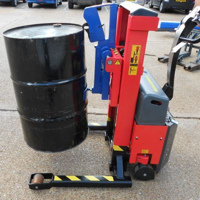 Grab-O-Matic Pedestrian Drum Handlers For Hire